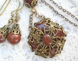 Spicy Carnelian Pendant with Earrings