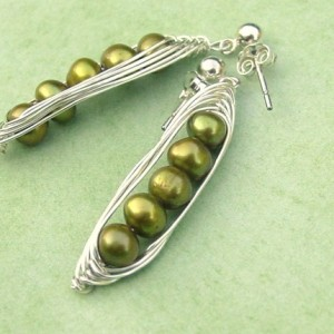 Five Peas in a Pod Peapod Earrings