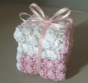 Pink and White Mini Spa Washcloth Set by yarncoture