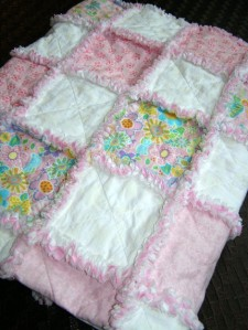 Pink and White Floral Cotton Rag Throw Quilt