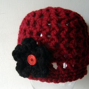 Garnet Cloche with Black Flower