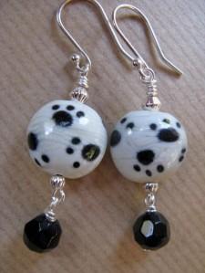 Black Dangle Beaded Sterling Earrings