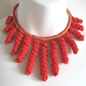 crocheted necklace red