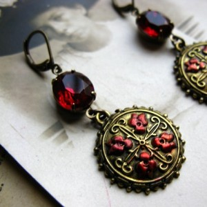 Earrings Rhinestone Glass Red